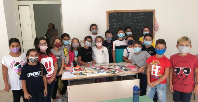 """La scuola """"R. Piria"""" di Scilla riceve il premio Enegan per la campagna """"Elio e i Cacciamostri"""""""