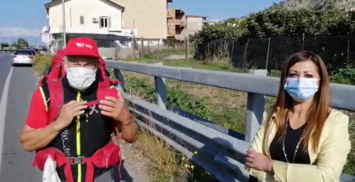 Fa tappa a Lazzaro lo zaino pieno di speranza di Elio Brusamento