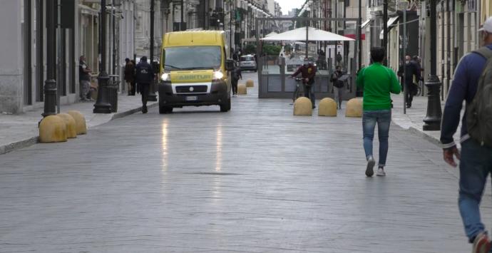 Reggio Calabria, negozi aperti per protesta. Ma la maggioranza rispetta il Dpcm