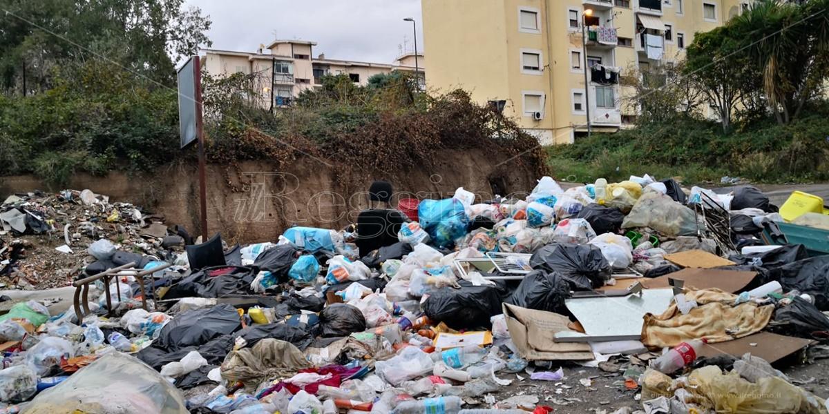 Rifiuti a Reggio Calabria, il Coordinamento di Arghillà chiede l'intervento diretto dello Stato