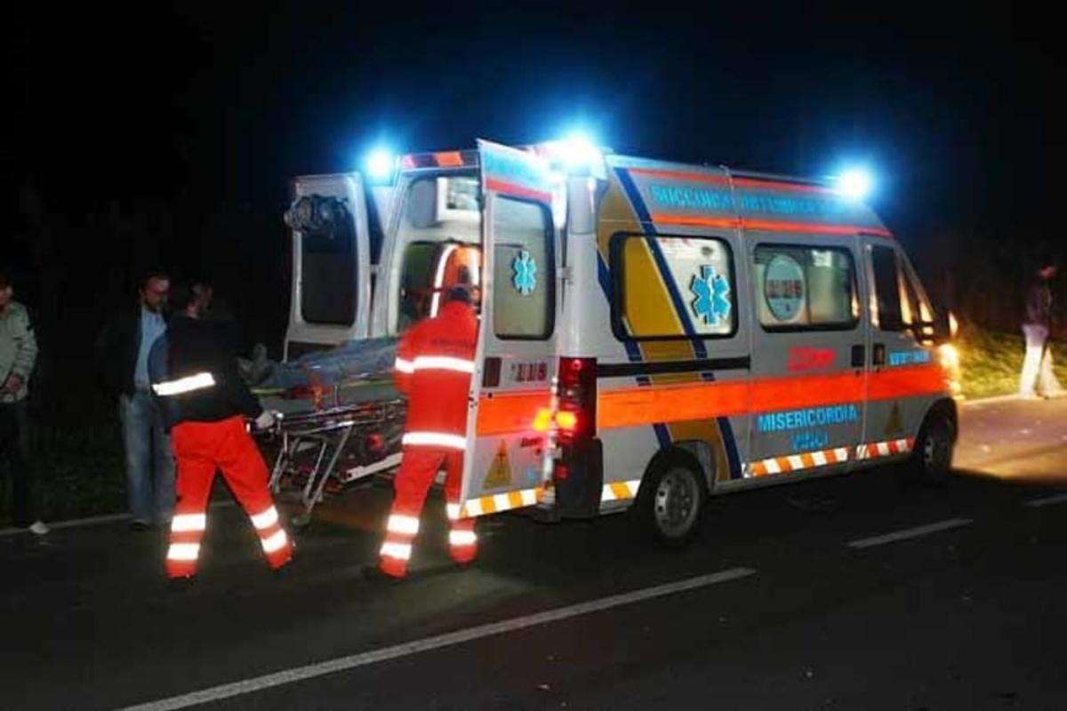 Locride, incidente mortale sulla SS 106: anziano travolto e ucciso