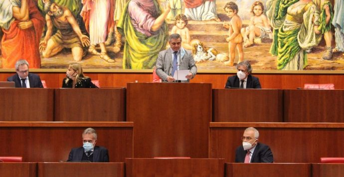 Conferenza capigruppo Regione, Arruzzolo: «Spirito unitario per lo sviluppo della Calabria»