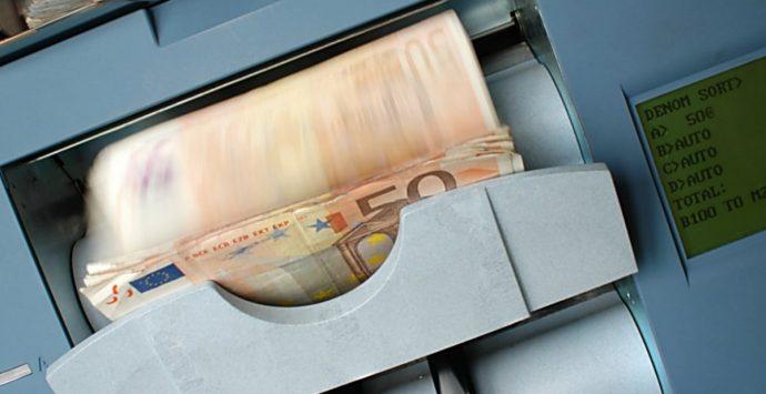 Nuove norme sui conti correnti, Codacons: «Governo tuteli famiglie in difficoltà»