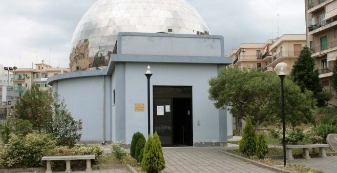 """Astronomia e letteratura con """"I racconti dell'incipit"""" al Planetario"""