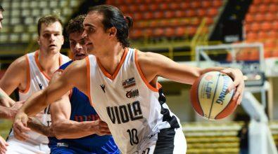 Basket, terza sconfitta consecutiva per la Viola
