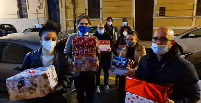 """S'intesi – Cantiere di Civismo mette il turbo per l'iniziativa """"Scatole di Natale"""""""