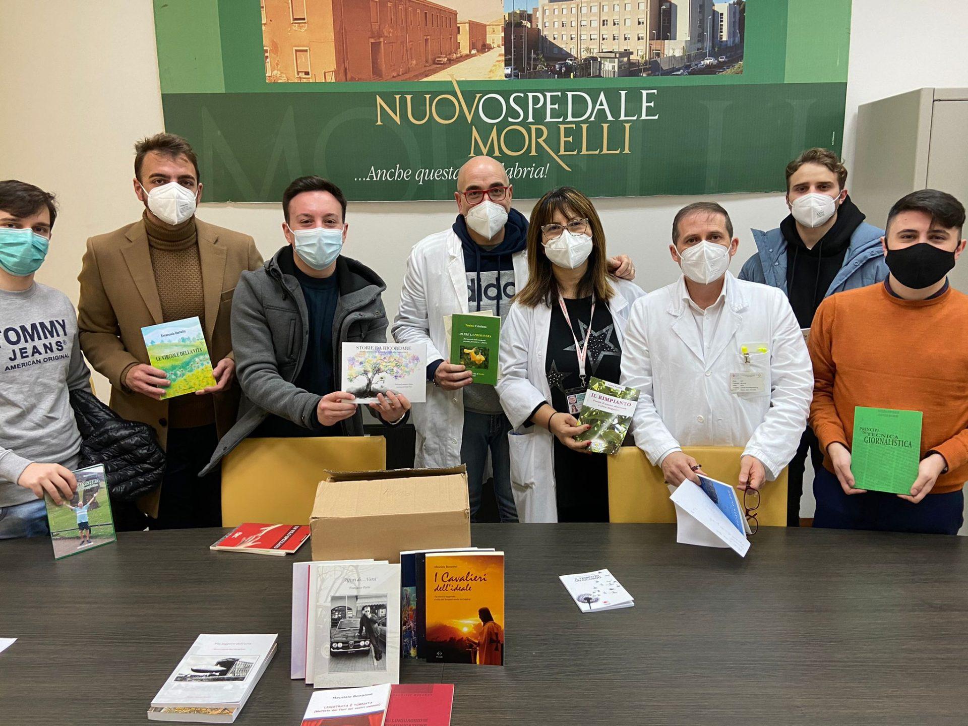 Reggio Calabria, fa tappa al Gom il progetto biblioteche in ospedale