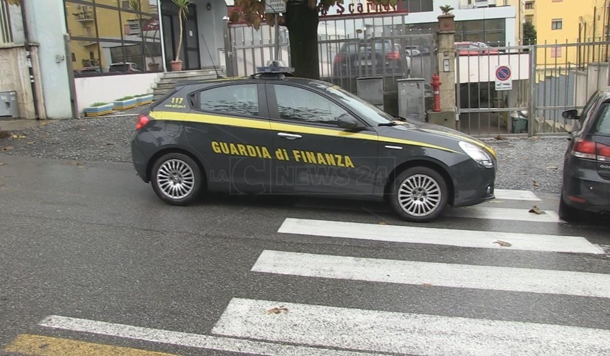 'Ndrangheta, sequestrati beni per 2,8 mln di euro a imprenditore ritenuto vicino ai Pesce di Rosarno |VIDEO