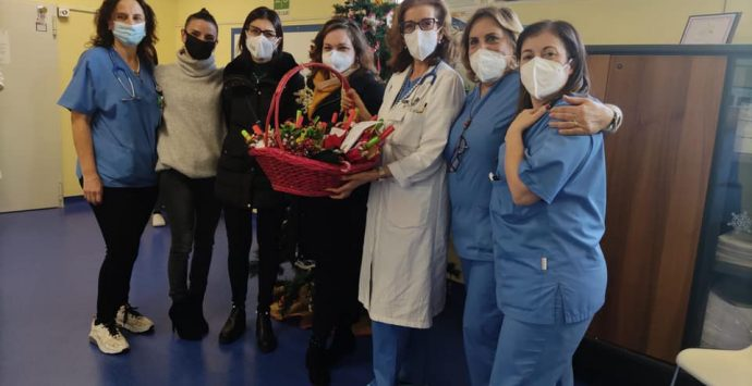 Epifania di solidarietà nel reparto di Neonatologia-TIN-Nido del Gom