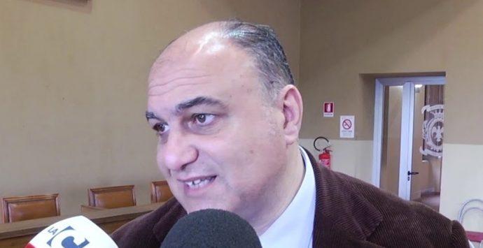 Coronavirus a Locri, tampone negativo per il sindaco Calabrese