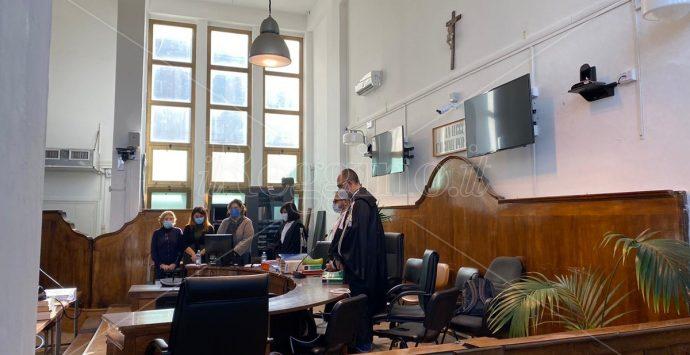 """Processo a Lucano, in aula la """"relazione positiva"""" su Riace: «Per noi era tutto regolare»"""