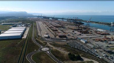 Gioia Tauro, tracciato il percorso per definire l'accordo tra autorità portuale e Corap