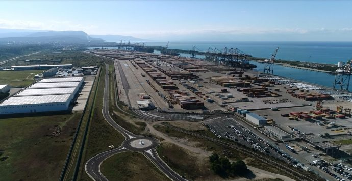 Porto di Gioia Tauro, giudizio positivo sul nuovo terminal ferroviario