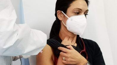 Rifiutano il vaccino, l'Asp di Reggio Calabria sospende 15 operatori sanitari