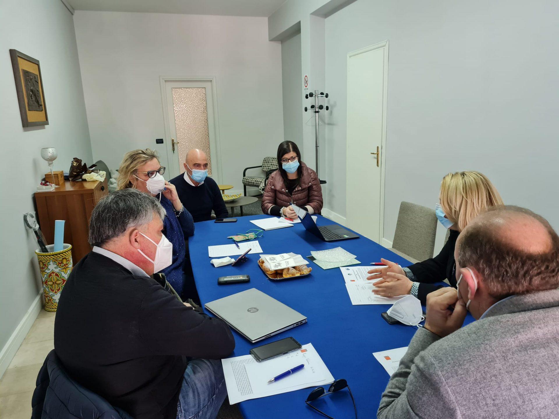 Locride, i sindacati incontrano i sindaci. Sul tavolo il Recovery Fund