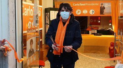 Carlo Tansi inaugura la sede di piazza Duomo e conferma: «I Cinque Stelle saranno con noi»
