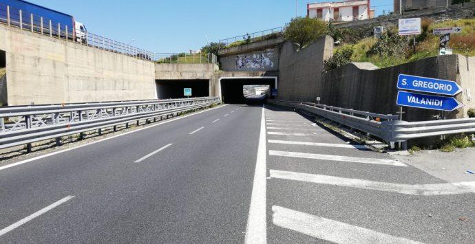 Statale 106, limitazioni al traffico per manutenzione degli impianti elettrici nelle gallerie