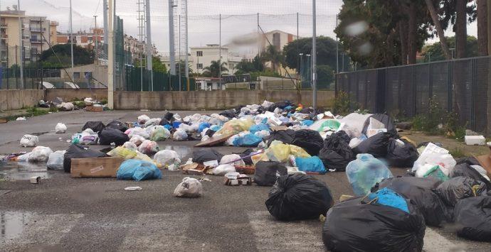 Emergenza rifiuti a Reggio, ancora discariche a cielo aperto