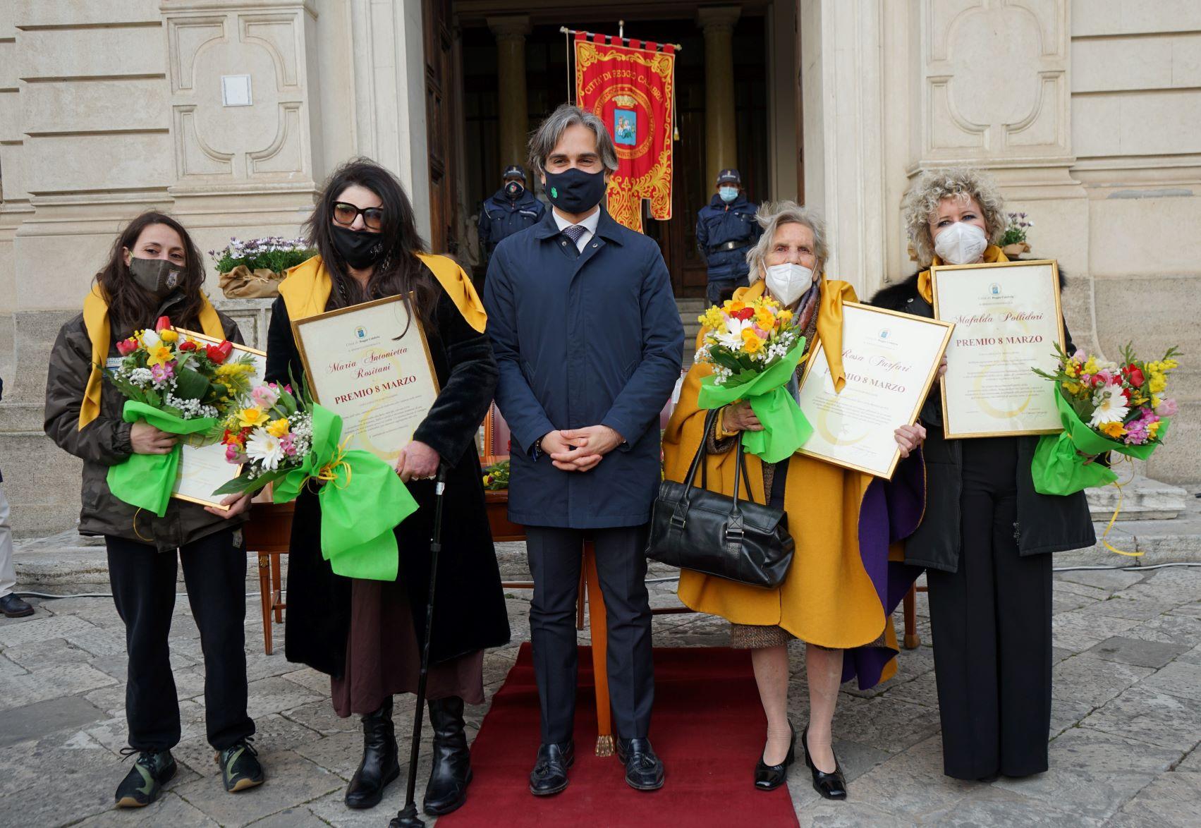 """Il Premio """"8 marzo"""" ad Maria Antonietta Rositani, Ilaria D'Anna, Rosa Furfari e Mafalda Pollidori"""