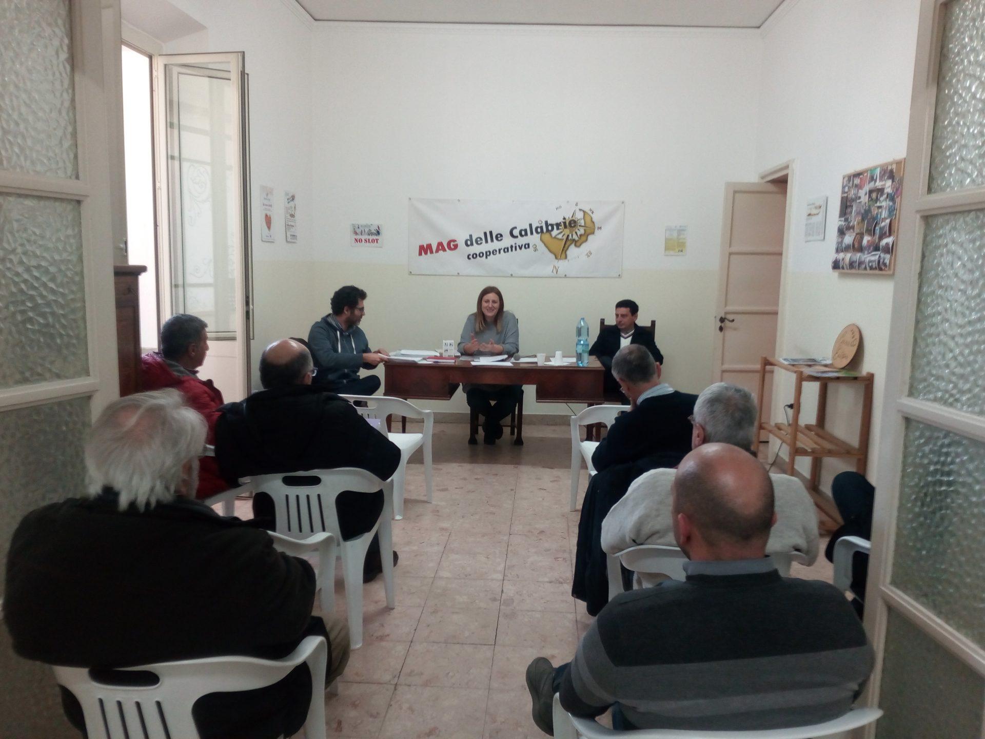 Economia, a Reggio una coop per garantire il diritto al credito a chi è più fragile