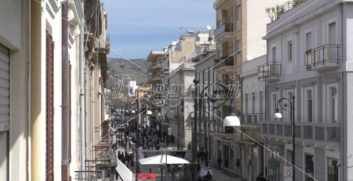 Reggio, scoraggiati e avviliti i commercianti che da lunedì chiuderanno di nuovo