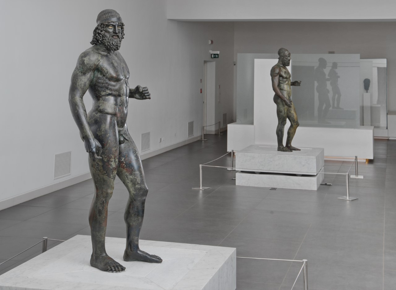 Bronzi di Riace, Castrizio: «Servirebbe far diventare le due statue identitarie dello Stretto»