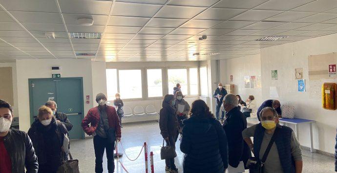 Vaccini a Reggio Calabria, il Gom arriva a quota 14.833