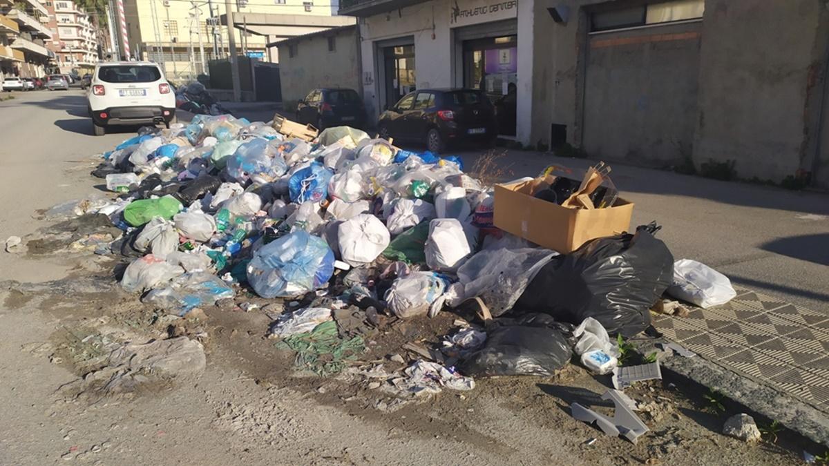 Rifiuti, Ancora Italia Calabria: «Incertezze e preoccupazioni sulla (non) gestione comunale»