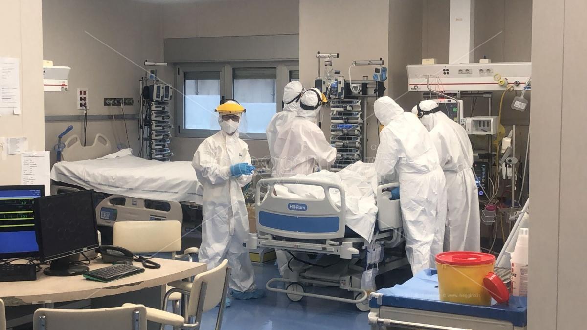 Coronavirus Reggio Calabria, 97enne muore al Gom. La situazione vaccini e ricoveri