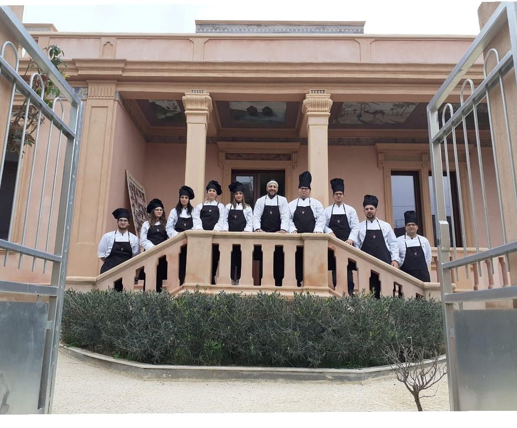 """La scuola di cucina """"Uno Chef per Elena e Pietro"""" di al Festival di Sanremo"""
