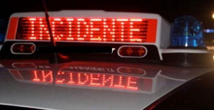 Roccella Jonica, incidente sulla statale 106: un ferito