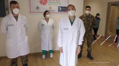 Vaccini a Taurianova, volontari e militari garantiscono 500 dosi al giorno
