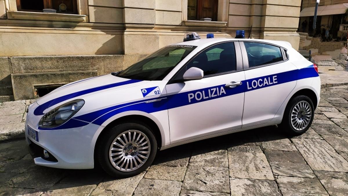 Reggio Calabria, territorio al setaccio dalla polizia locale. Fioccano le denunce