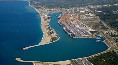 Porto Gioia Tauro, al via i lavori di banchinamento del canale portuale