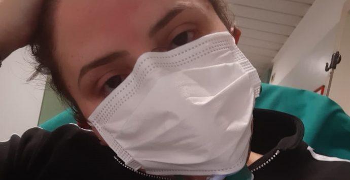 Coronavirus, Claudia: «Ho sentito la vita scivolarmi dalle dita per via di un mostro invisibile»