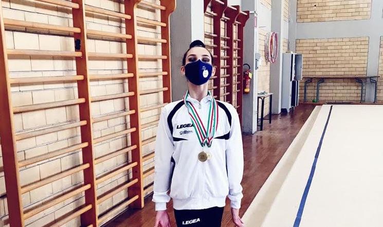 Ginnastica, le atlete della Reggio Ritmica brillano in pedana