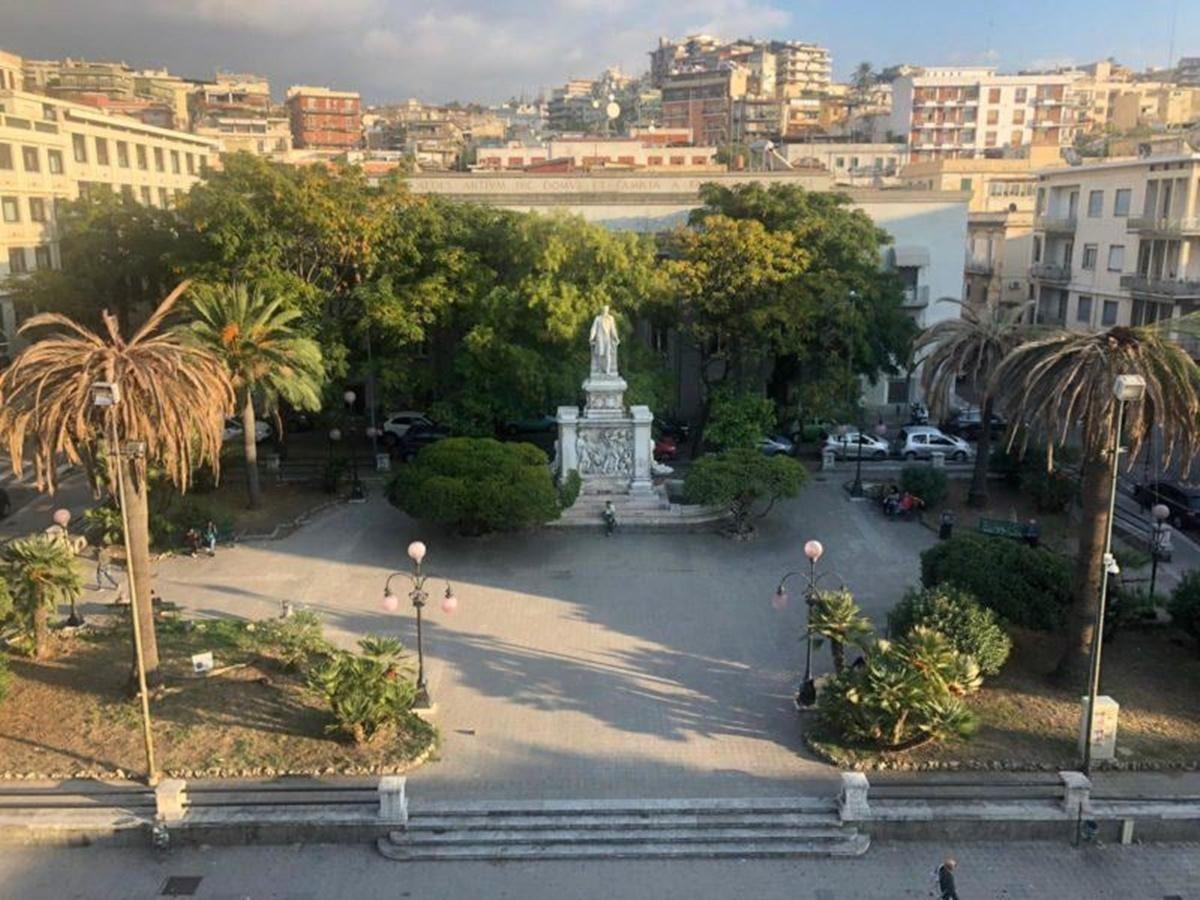 Piazza de Nava, Arillotta: «Non si può cancellare il luogo simbolo della ripresa post terremoto»