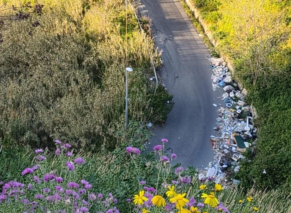 Emergenza rifiuti, il Comitato Pro Sala di Mosorrofa incontra gli amministratori