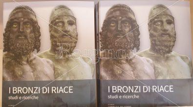 Bronzi di Riace, nel nuovo libro teorie e contributi dagli studiosi nazionali ed esteri