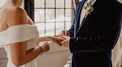 Il coronavirus colpisce il mondo del wedding, Confartigianato: «Matrimoni in crollo»