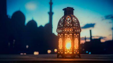 """Fine del Ramadan, arriva """"Eid al-Fitr"""": la Festa della rottura del digiuno"""