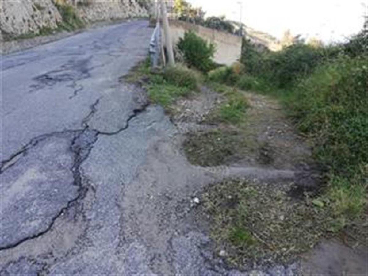 L'appello dell'Ancadic a Falcomatà: «Ripristinare la strada comunale Carbone»