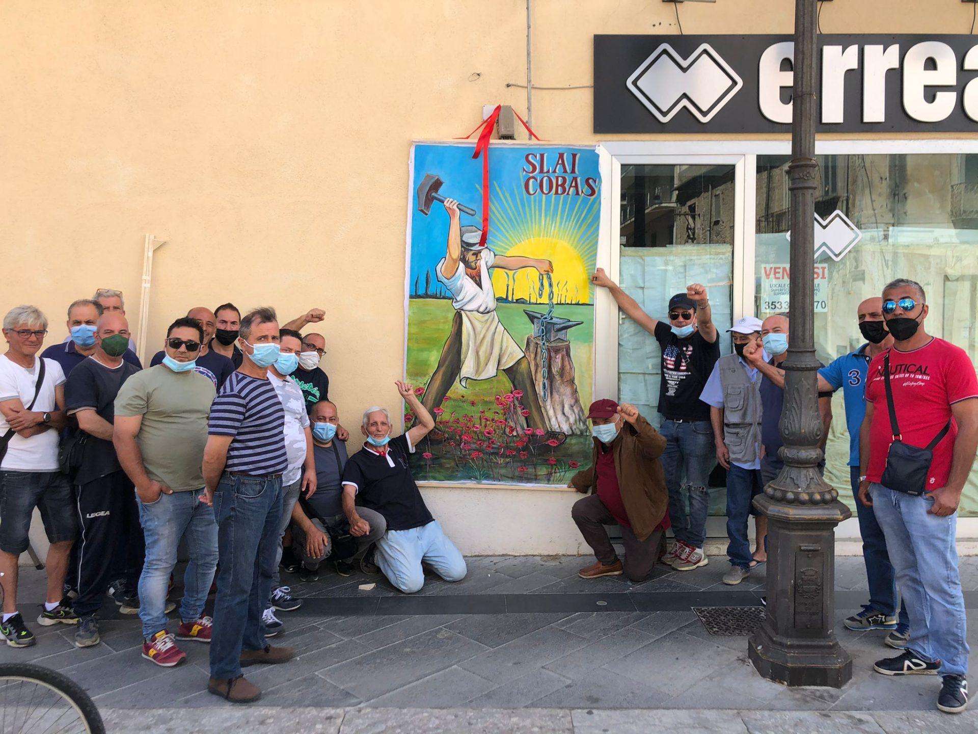 Da tre mesi senza stipendio. Lavoratori di Locride Ambiente in protesta a Siderno