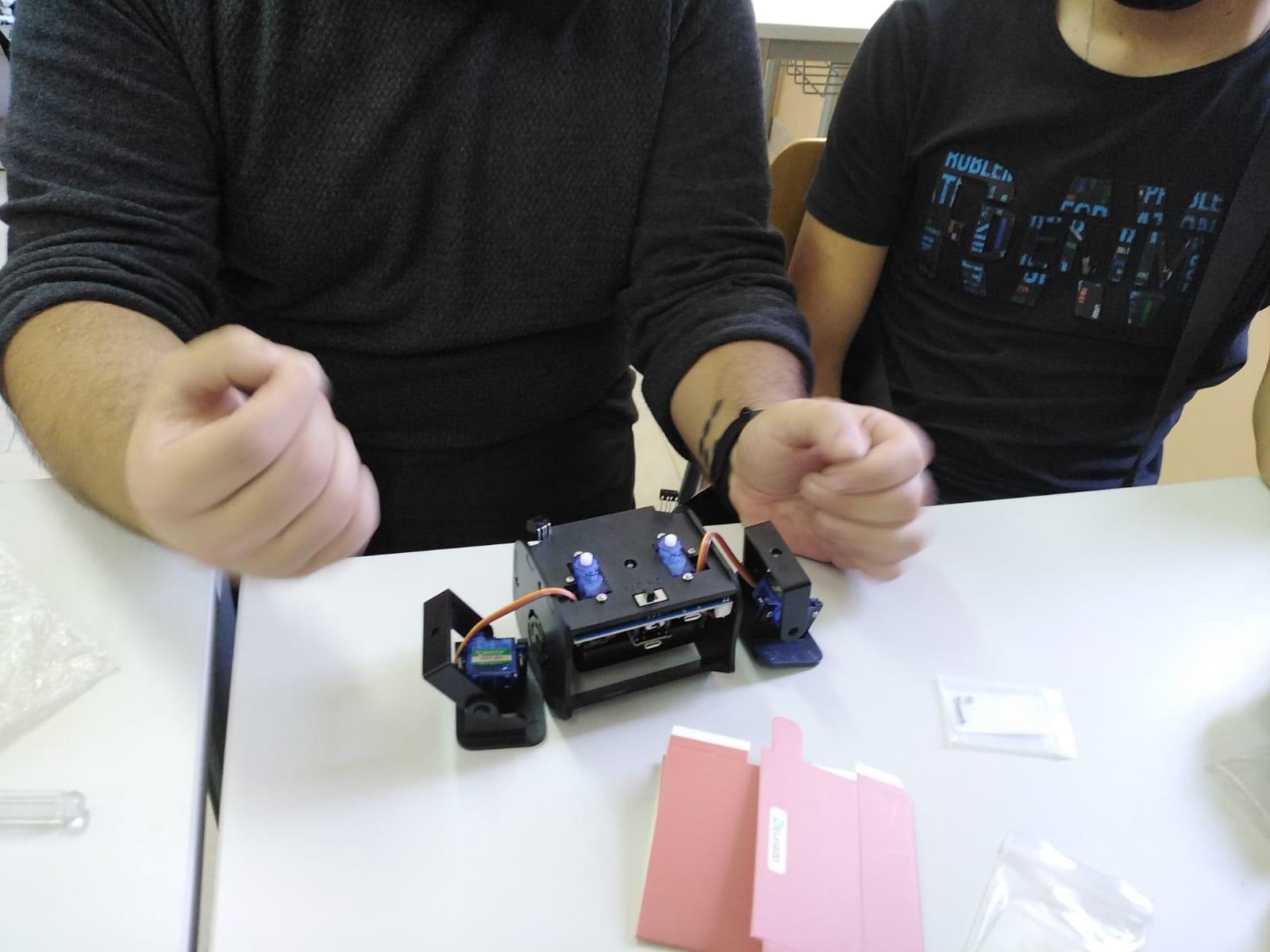 """A Siderno concluso il progetto """"Hi, my name is robot"""" in collaborazione con le scuole"""