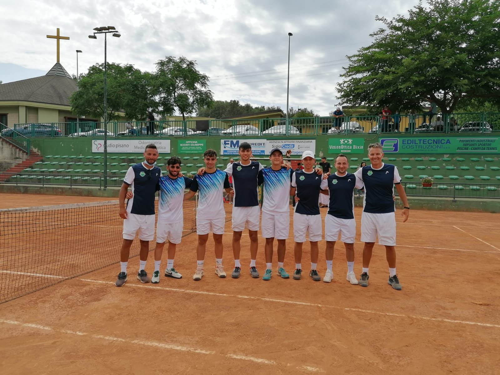 Locri, il plauso del Comune al Tc Garden per la conquista del titolo regionale di tennis