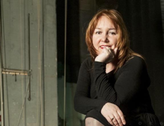 """Teatro, l'associazione """"Le Muse"""" premia Vivien Hewitt"""