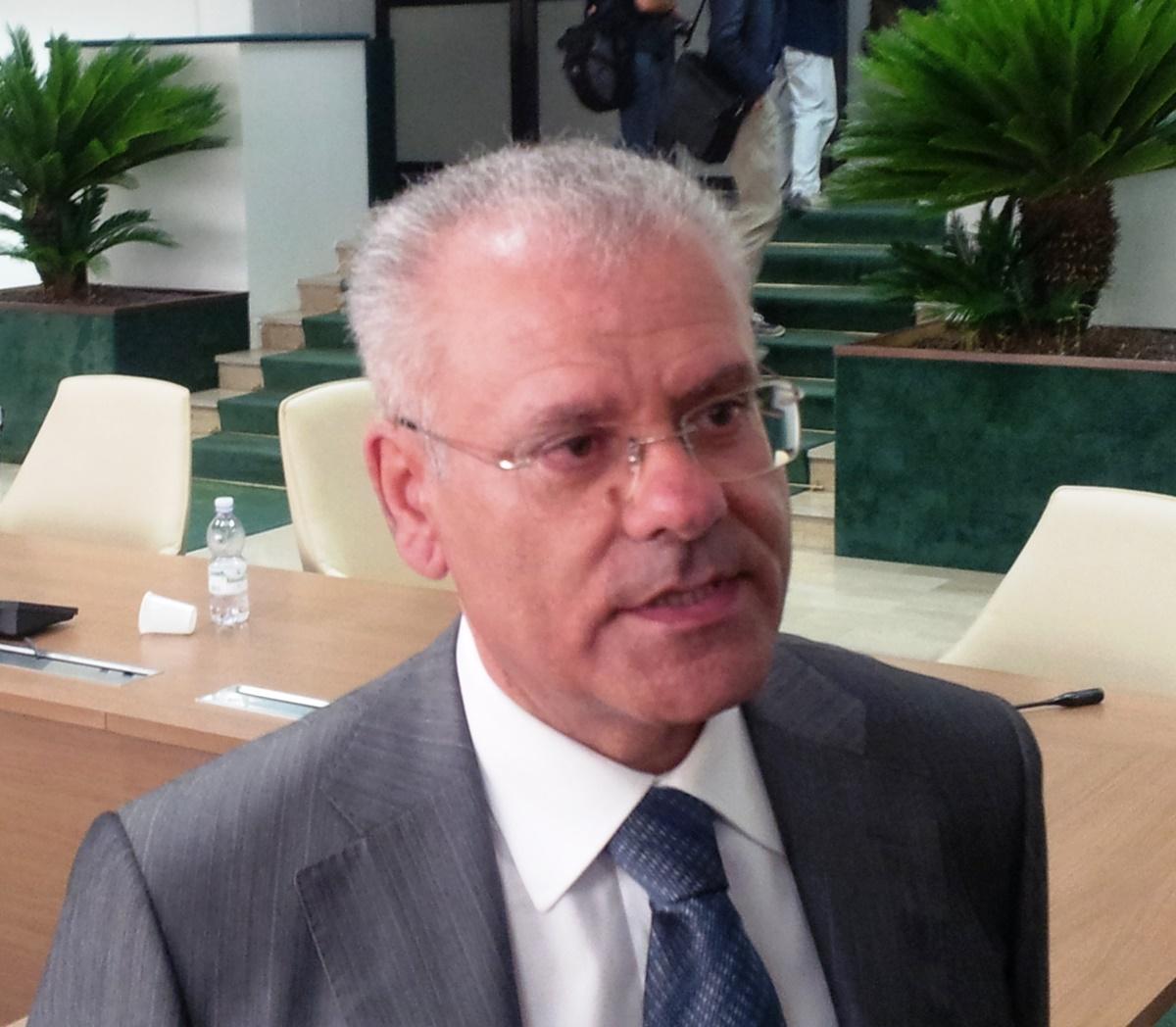 Prometteva lavoro in cambio di voti, l'ex consigliere regionale Rappoccio condannato a 3 anni
