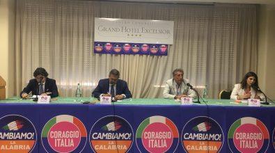 Regionali, Toti a Reggio: «Le elezioni un'occasione unica per la Calabria. Occhiuto persona di esperienza»