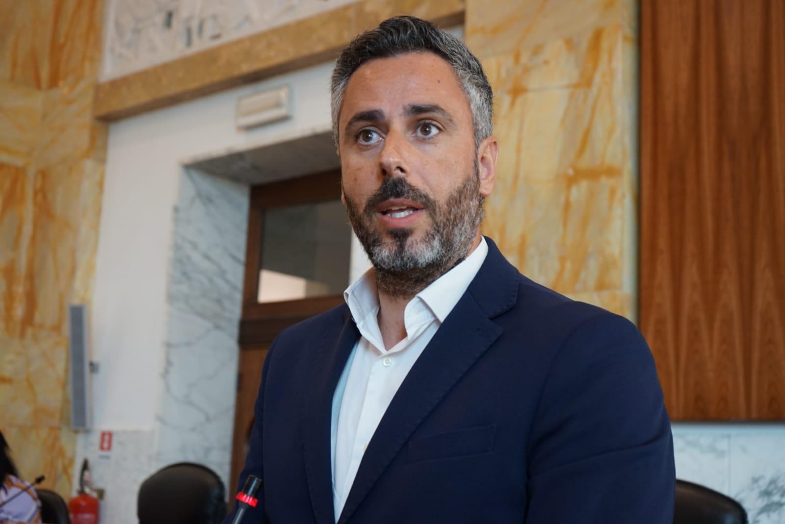 Il Consiglio Metropolitano approva il primo atto per la stabilizzazione di 30 Lsu