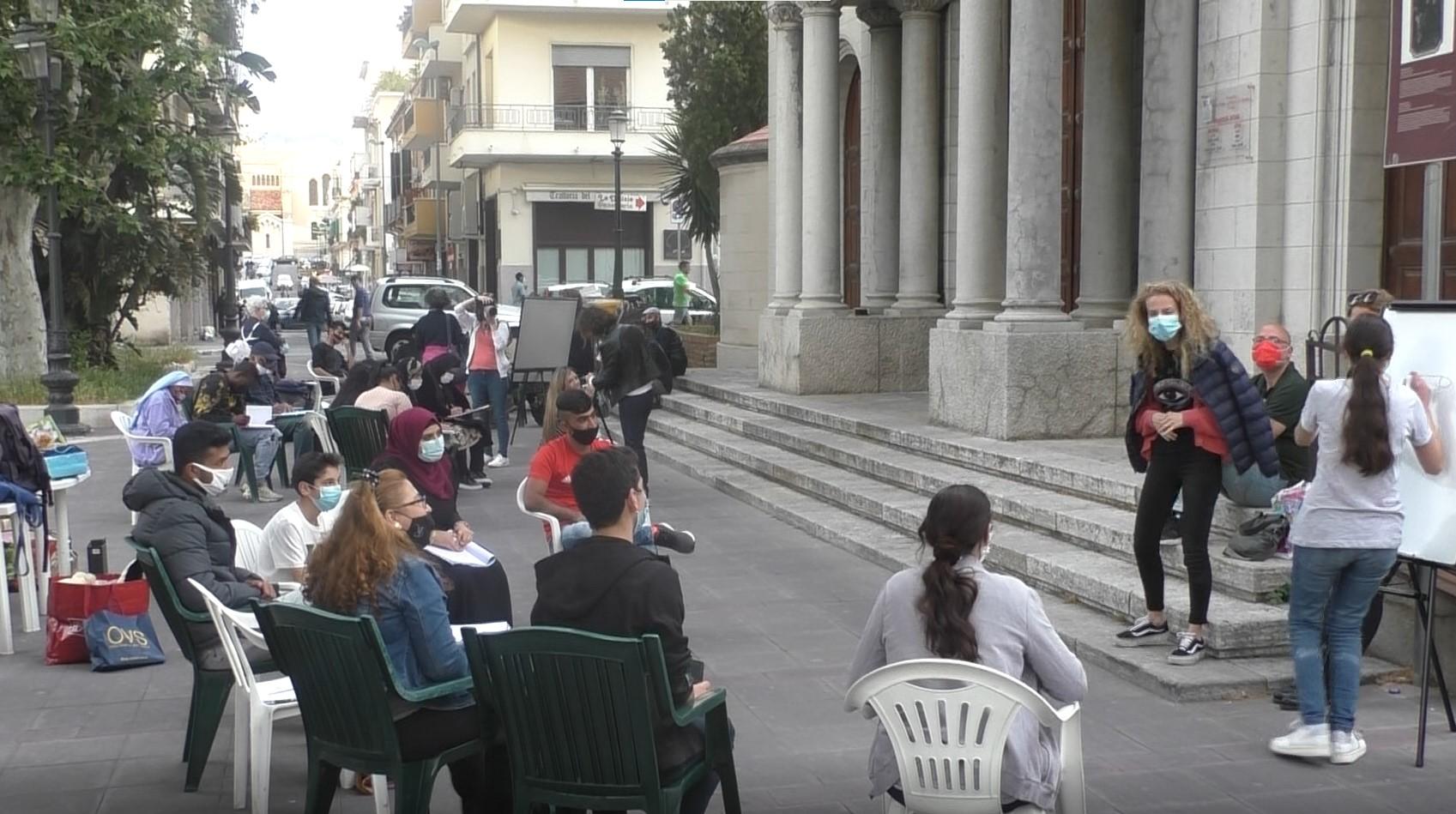 """Nasce l'associazione di promozione sociale """"Scuola italiana in piazza"""""""